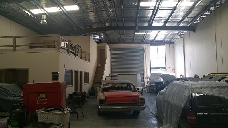 2 Inglewood Drive THOMASTOWN VIC 3074