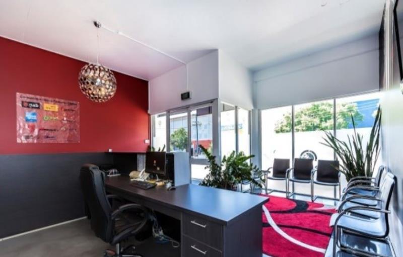1/31 Black Street MILTON QLD 4064