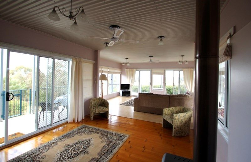 148 Thornton Road ROSENTHAL HEIGHTS QLD 4370