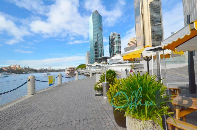 42/71 Eagle Street BRISBANE CITY QLD 4000