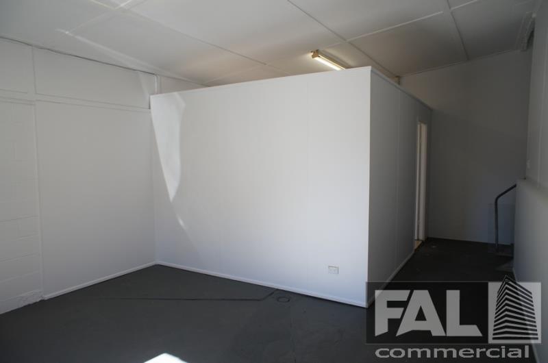 Suite  2/20 Tavistock Street OXLEY QLD 4075