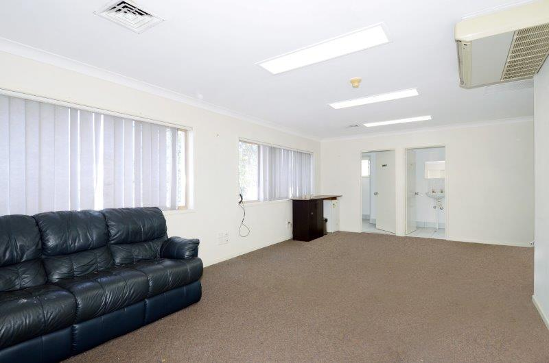 31 Benronalds Street SEVENTEEN MILE ROCKS QLD 4073