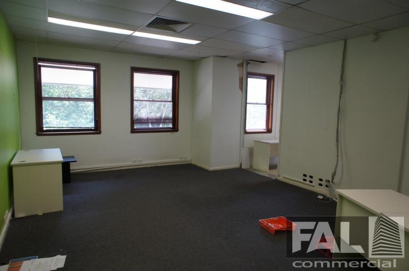 Unit  28/1 Park Road MILTON QLD 4064