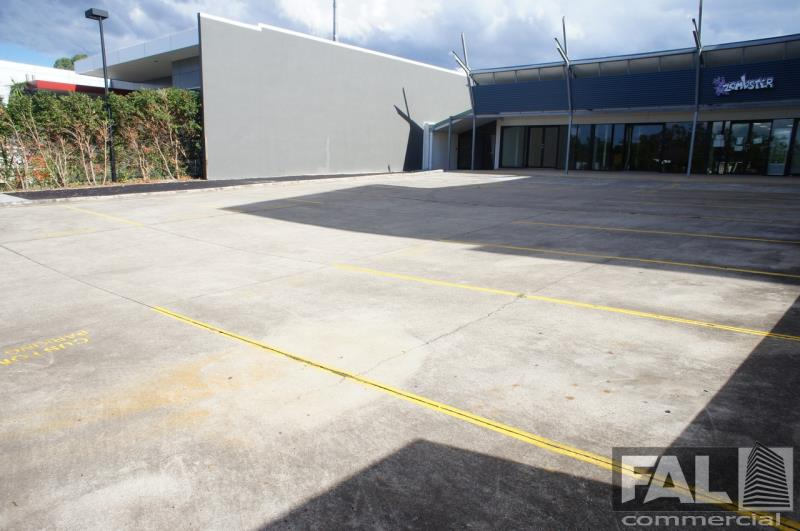 Shop  1/92 Lincoln Street OXLEY QLD 4075