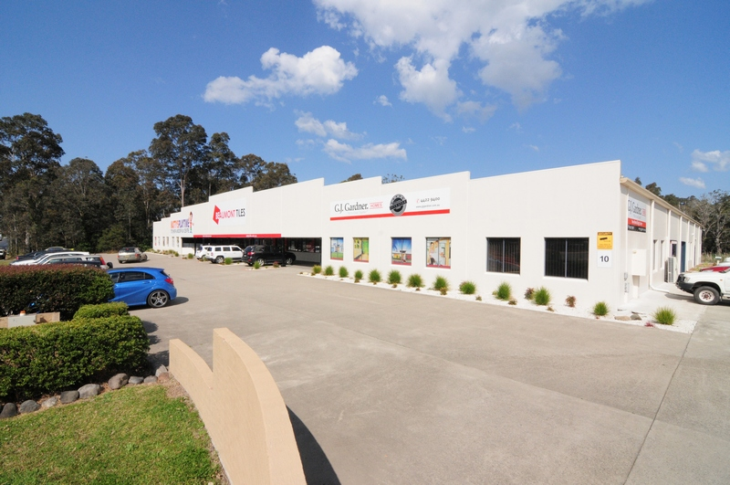 10 Central Avenue SOUTH NOWRA NSW 2541