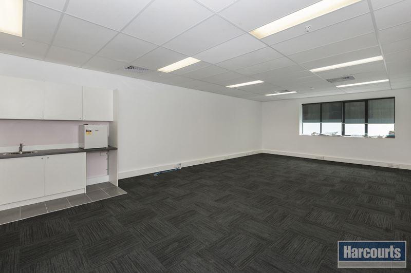 Suite 5/520 - 528 Victoria Street NORTH MELBOURNE VIC 3051