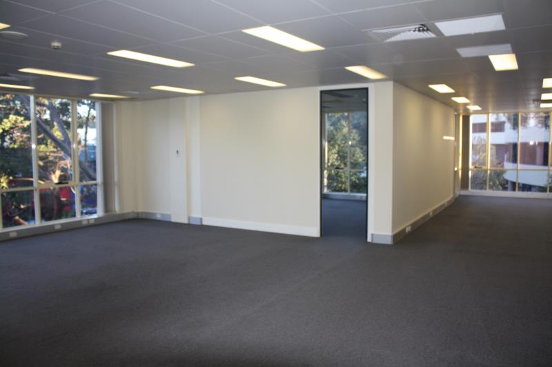 Building 1/106 Old Pittwater Road BROOKVALE NSW 2100