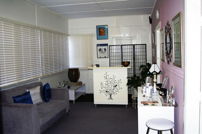 80 Bridge  St URALLA NSW 2358