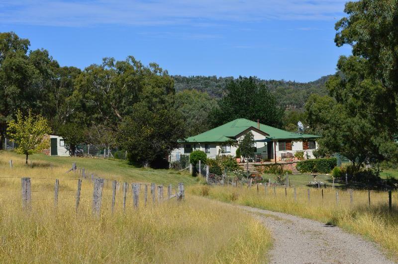 WELLINGROVE NSW 2370