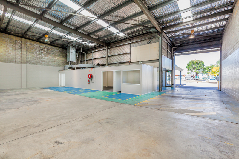 Building 1/29-41 Lysaght Street ACACIA RIDGE QLD 4110