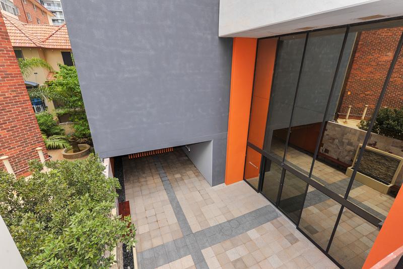 L8/148a Adelaide Terrace EAST PERTH WA 6004