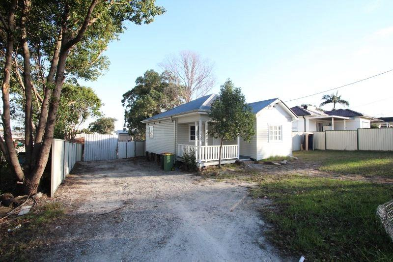 143 Orchardleigh Street OLD GUILDFORD NSW 2161