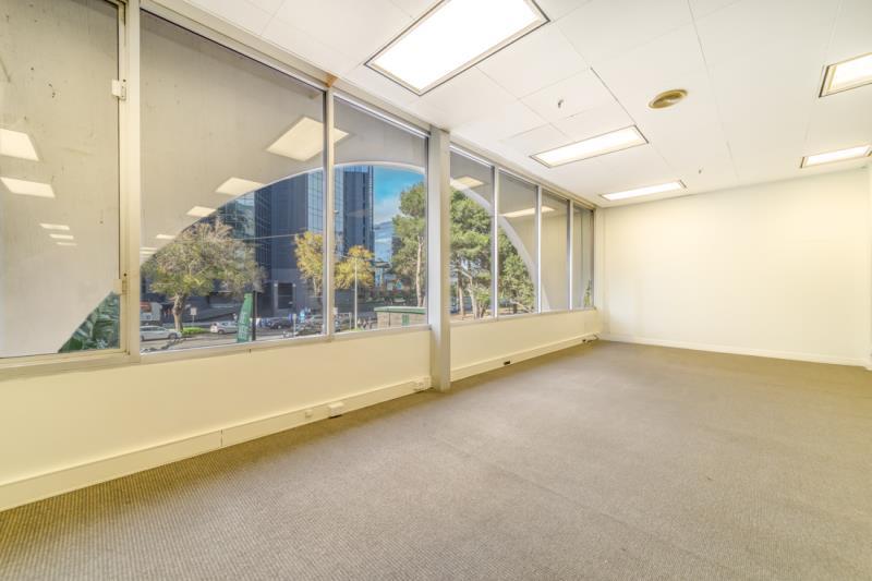 3 Bowen Crescent MELBOURNE 3004 VIC 3004