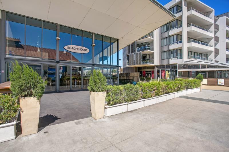 Shop  2/9-11 Honeysuckle Drive NEWCASTLE NSW 2300