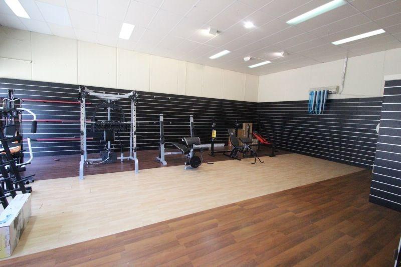 10 Blaxland Rd CAMPBELLTOWN NSW 2560