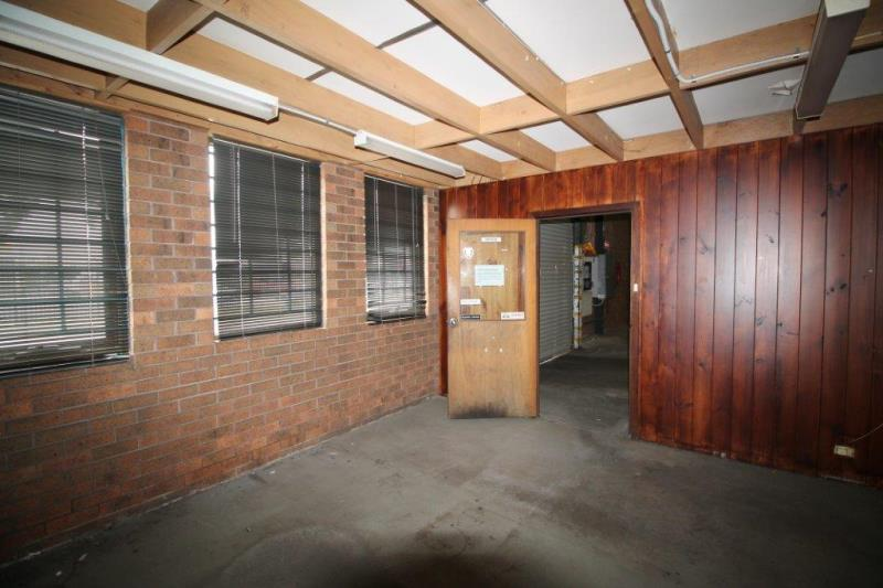 12 Commercial Drive DANDENONG VIC 3175