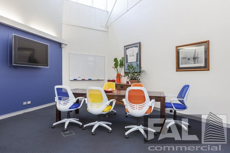 Suite  4/30 Florence Street NEWSTEAD QLD 4006