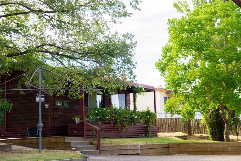 30 Fitzroy Street TUMUT NSW 2720