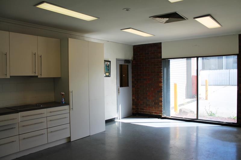 129-131 Abbott Road HALLAM VIC 3803