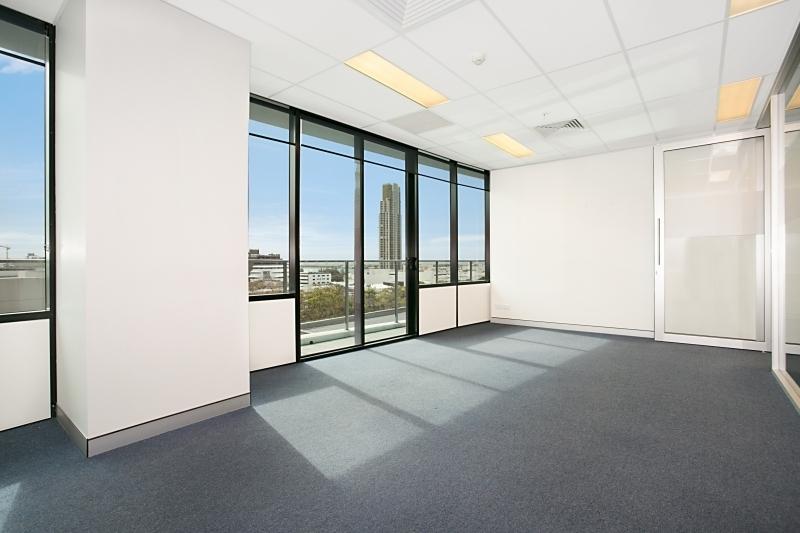 30601/9 Lawson Street SOUTHPORT QLD 4215