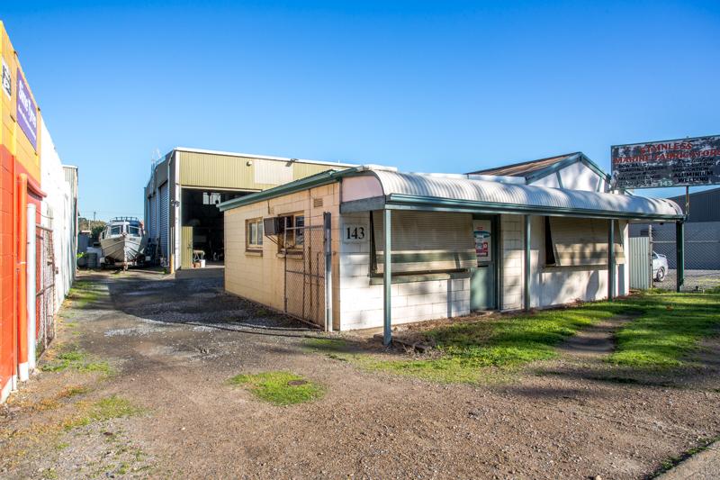 143 Victoria Road PETERHEAD SA 5016