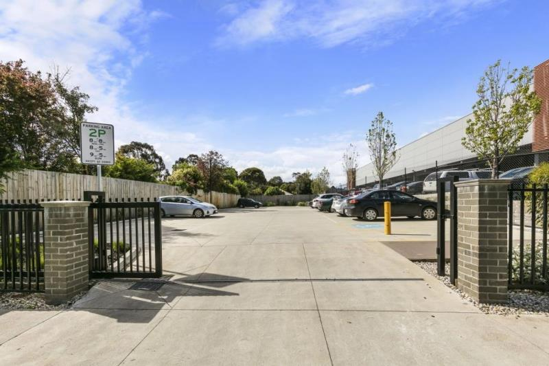18-24 Clyd/18-24 Clyde Road BERWICK VIC 3806