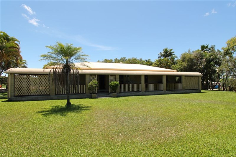 6 Etna Rd MOUNT KELLY QLD 4807