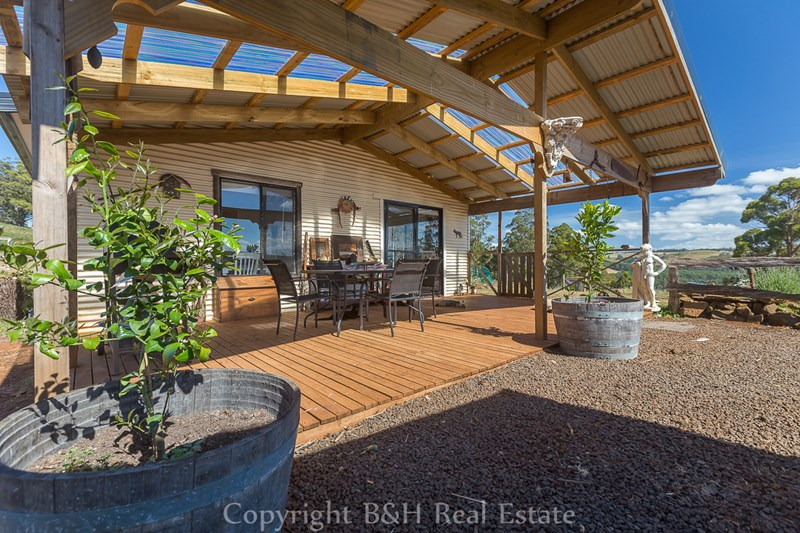 654 Spellmans Road WILMOT TAS 7310