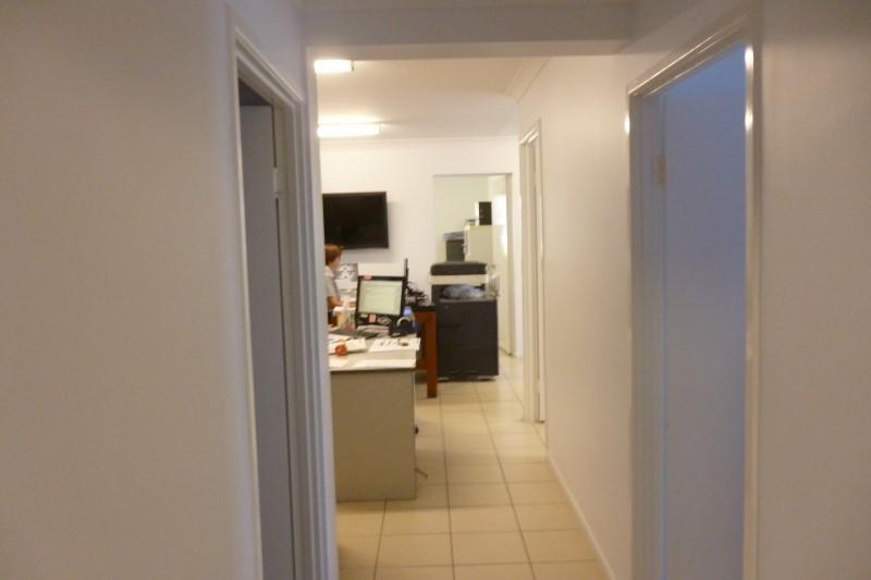 32-34 Bowen Road HERMIT PARK QLD 4812
