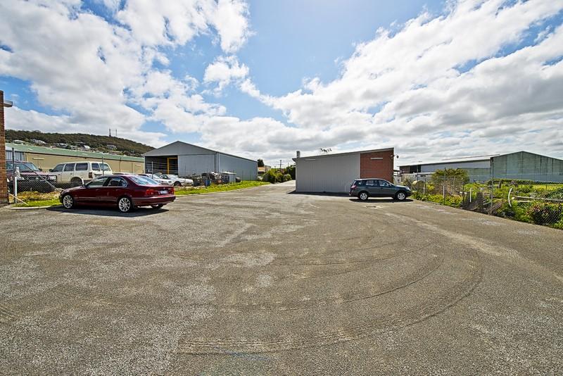 12 Sanford Road CENTENNIAL PARK WA 6330