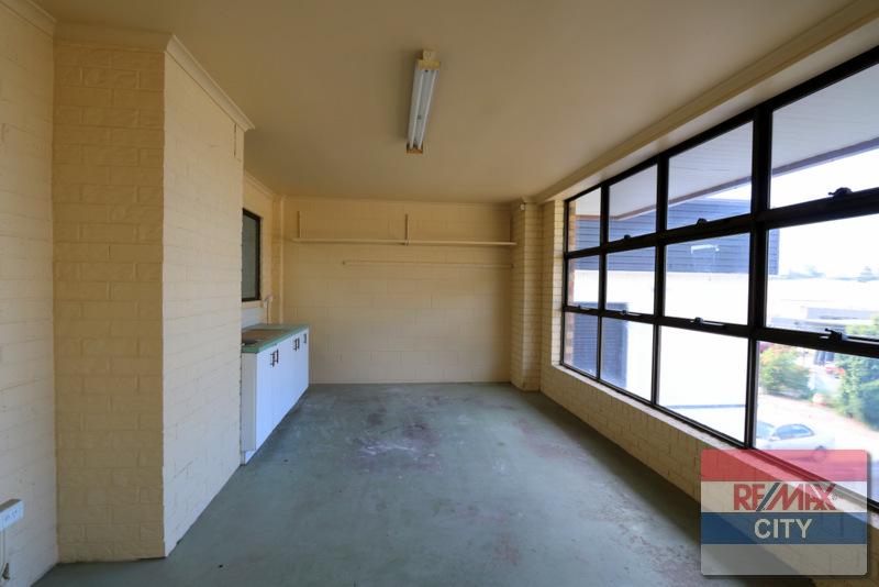 40 EVESHAM STREET MOOROOKA QLD 4105