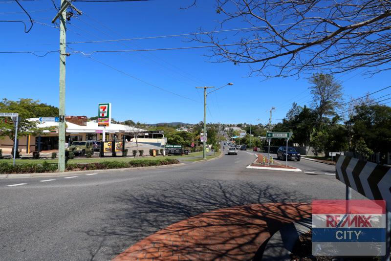 SHOP 2/86 DAYS ROAD GRANGE QLD 4051