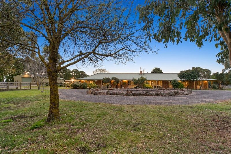 136 Tweddle Road GISBORNE SOUTH VIC 3437