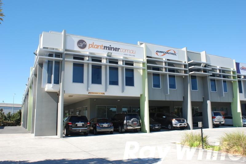 1/34 Navigator Place HENDRA QLD 4011