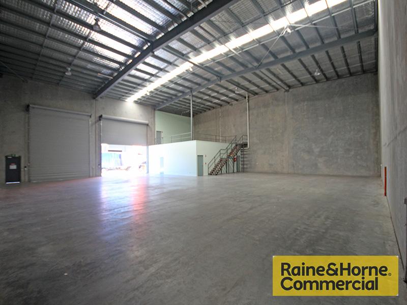 8/210 Robinson Road GEEBUNG QLD 4034