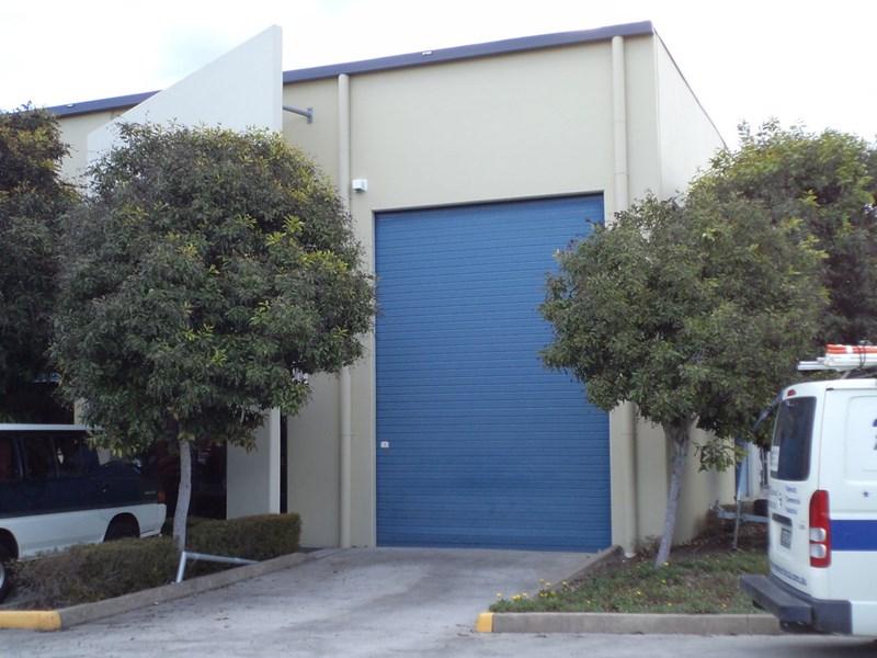 35/8 Riverland Drive LOGANHOLME QLD 4129