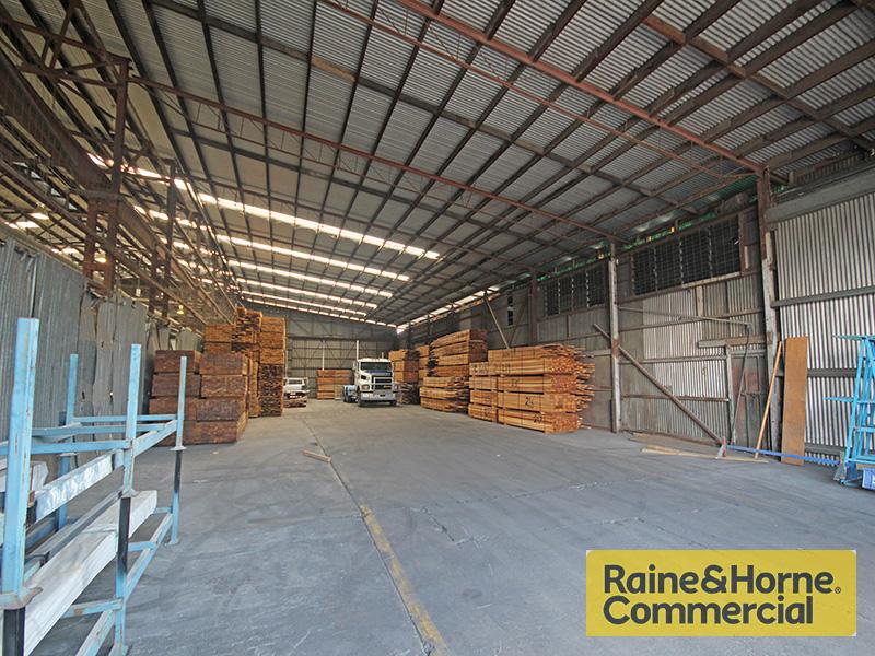 D-I/858 Nudgee Road BANYO QLD 4014