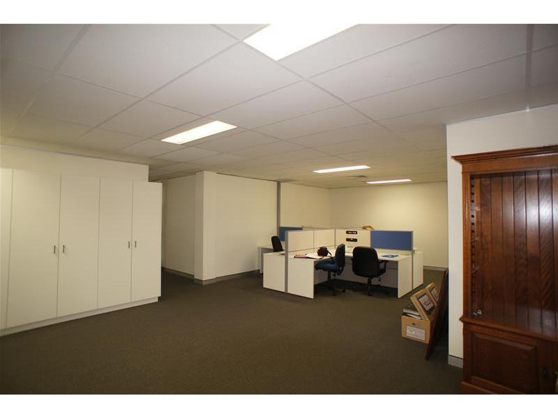 468 Kingsford Smith Drive HAMILTON QLD 4007