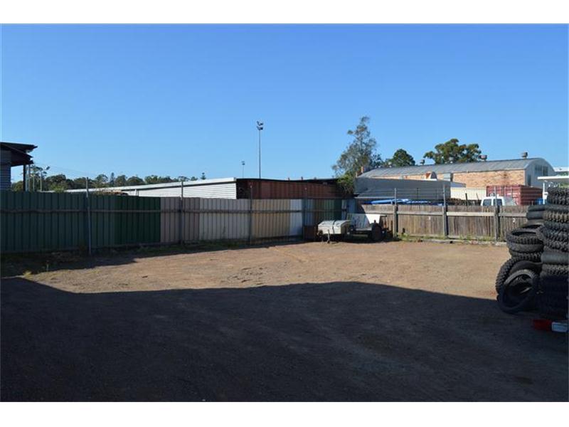 23 Port Stephens Street RAYMOND TERRACE NSW 2324