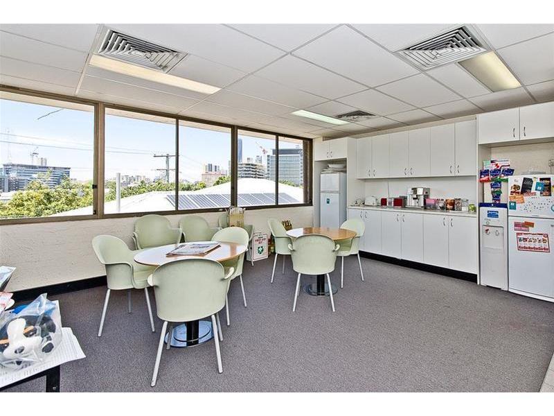 1/15 Mallon Street BOWEN HILLS QLD 4006