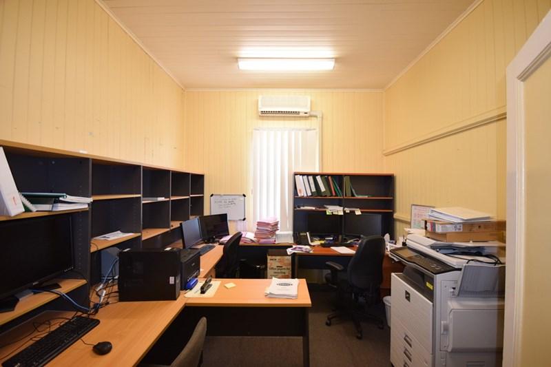 11 Clifford Street TOOWOOMBA CITY QLD 4350