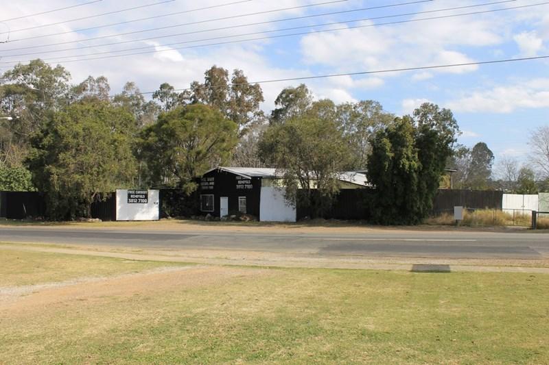37 & 43 Bergins Hill Road BUNDAMBA QLD 4304