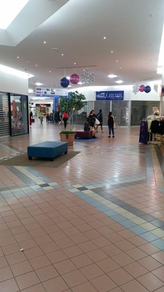 Shop 173A Gladstone Park Shopping Centre GLADSTONE PARK VIC 3043