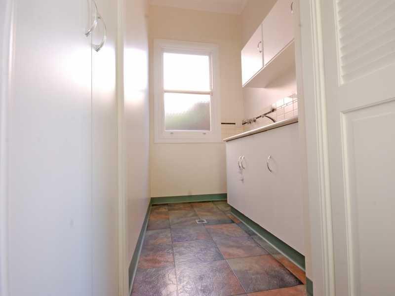 90 Peter Street WAGGA WAGGA NSW 2650