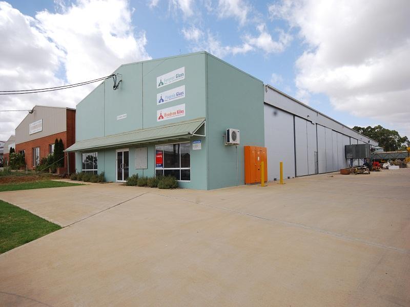 8 Cheshire Street WAGGA WAGGA NSW 2650