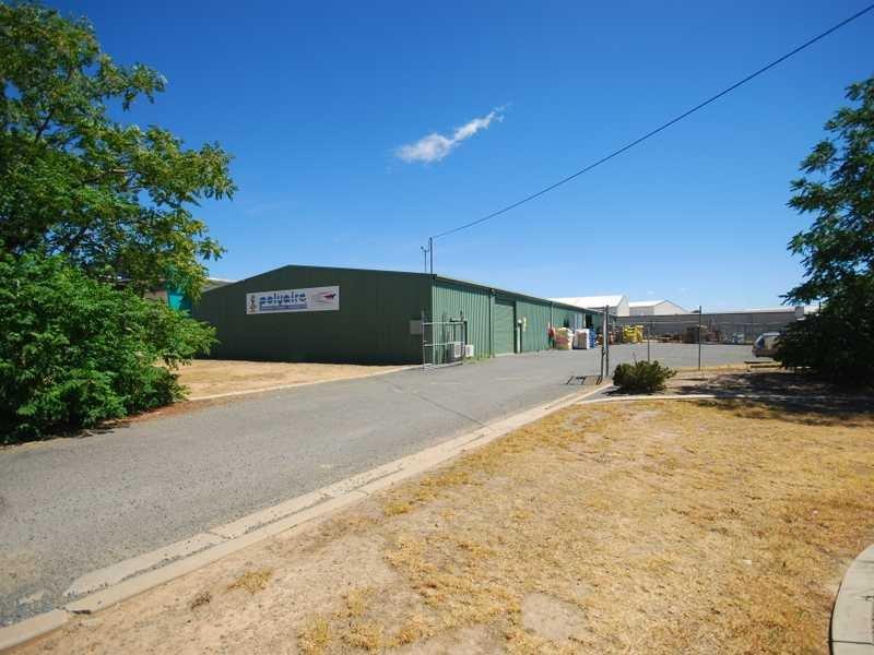 2/299 Copland Street WAGGA WAGGA NSW 2650
