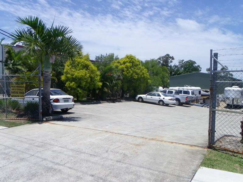 4/14 Oasis Court CLONTARF QLD 4019