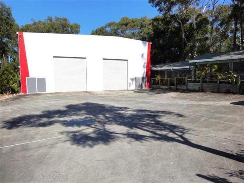 352 Brisbane Road LABRADOR QLD 4215