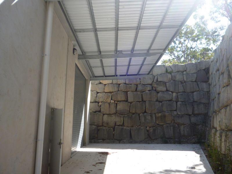 8 Bluestone SEVENTEEN MILE ROCKS QLD 4073