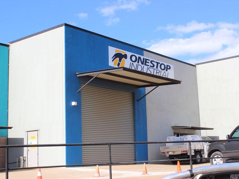 8/207-217 McDougall Street WILSONTON QLD 4350